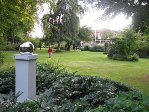 Trädgårdsvisning i Prästgården